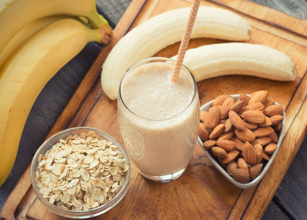 Banana smoothie with almonds